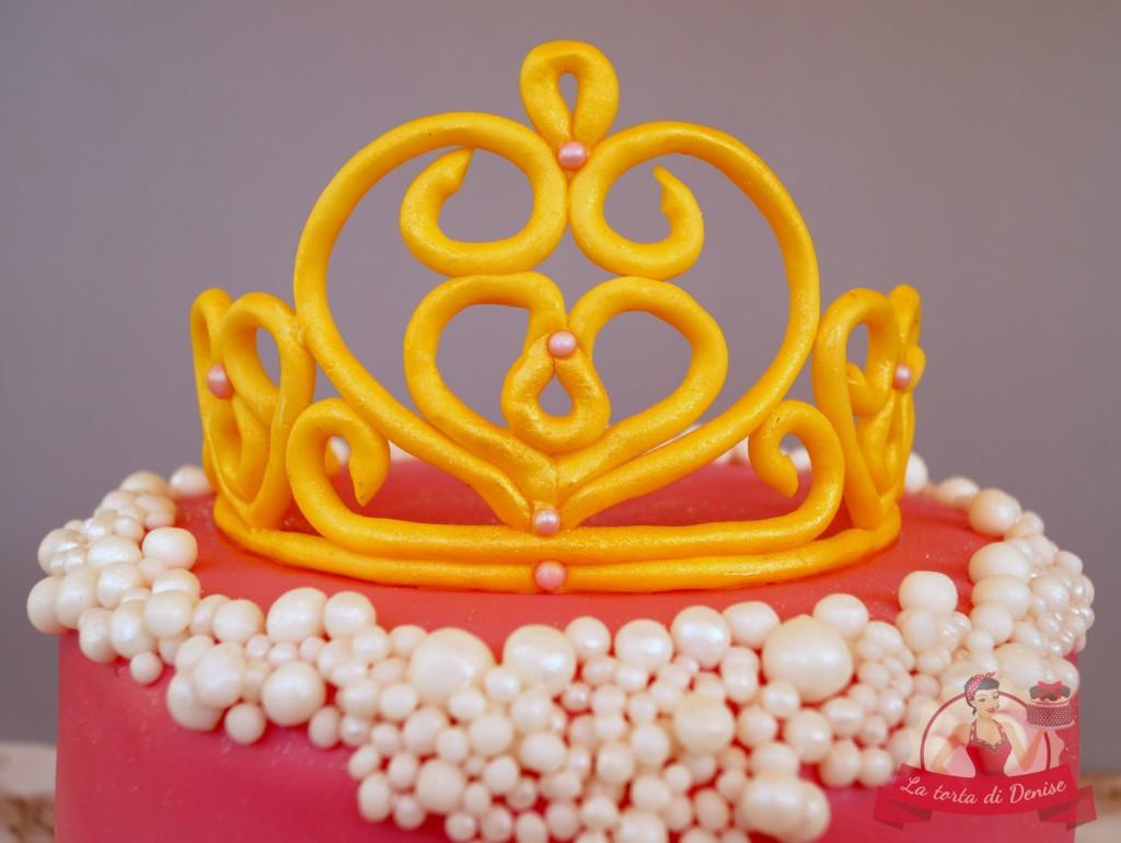 Eine Geburtstagstorte für eine große Prinzessin