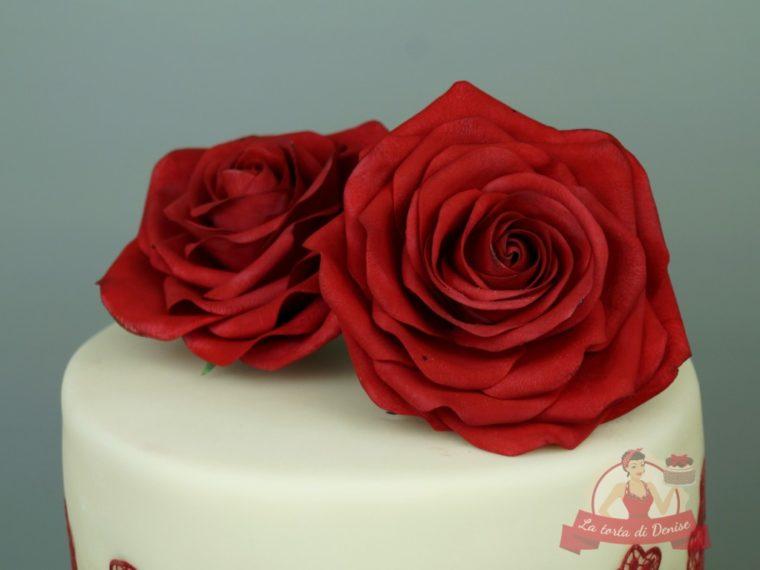 Rote Rosen zur Hochzeit